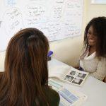 OEC英会話難波(なんば)校で女性講師とのマンツーマン授業