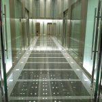 御堂筋ビル1Fのエレベーター前